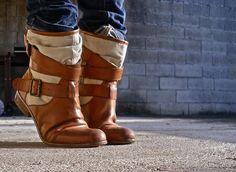Je surkiffe ces bottes !! ♥‿♥