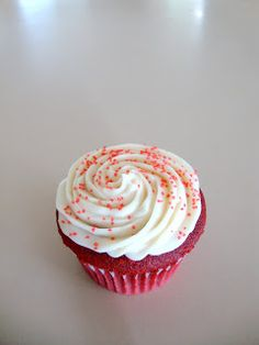 AJ's Cooking Secrets: Red Velvet Cupcakes And A Day That Only Comes Once A Year!!