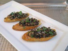 Bruschetta with mushrooms and garlic