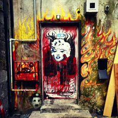 Marilyn Monroe Back Door by Micky Martins