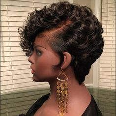 The Short Pixie Cut - 58 Great Haircuts You'll See for 2019 - Hairstyles Trends My Hairstyle, Straight Hairstyles, Braided Hairstyles, Black Hairstyles, 2015 Hairstyles, Casual Hairstyles, Medium Hairstyles, Celebrity Hairstyles, Wedding Hairstyles