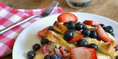 Stuffed Baked French Toast recipe from @ginniel via @tipjunkie