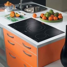 Cooktop Prices and Installation Costs - Electric Cooktop with 5 Burners Product Photo Best Appliances, Kitchen Appliances, Kitchens, Kitchen Cabinets, Induction Cookware, Kitchen Installation, Fireplace Accessories, Fun Cooking, How To Cook Pasta