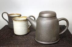 Tokoname pottery - Coffee pot with stainless mesh filter Contemporary Teapots, Tea Pots, Filter, Mesh, Pottery, Coffee, Tableware, Ceramica, Kaffee