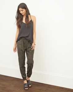 Womens Lightweight Military Joggers | Lightweight and comfortable with a relaxed fit, drawstring wait, cinched hems, zipper pockets and cargo detailing | Abercrombie.com