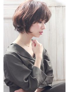 Short with bangs Long Pixie Hairstyles, Short Hairstyles For Women, Hairstyles Haircuts, Wedding Hairstyles, Girl Short Hair, Short Hair Cuts, Short Hair Styles, Wedding Hair And Makeup, Hair Makeup