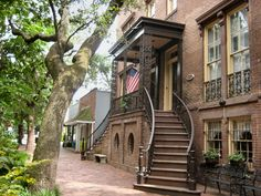 Savannah has many historic homes. Strolling through the historic streets seems to take you to another century. Of the original parks that dot the historic are, 20 still exist. When we were there, a caterer was setting up a wedding reception in one of the parks.
