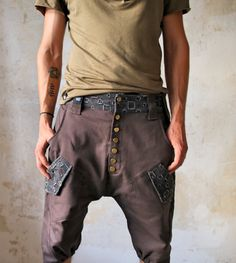 URBAN CAPRI - A summer version of our legendary Urban Pants #ClothingForUrbanNomads #VALODesign #finnishdesign #ethicalfashion #dropcrotch #BedouinClothing #uniquecapris #summer #elegant