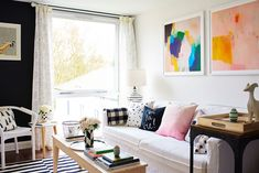 Love the wall art. It makes the room pop even more!  Dream Decór with Will Taylor | Rue