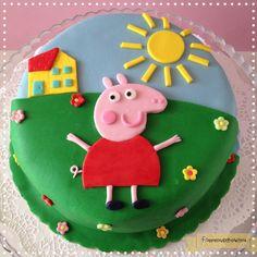 cute Peppa birthday cake..!!