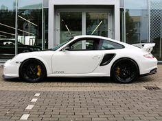 Porsche 911 (997) GT2 RS 056/500 bij PGZ Luxury Cars MAASTRICHT AIRPORT Porsche 911 997, Love Car, Motor Car, Cars And Motorcycles, Luxury Cars, Cool Cars, Motors, Dream Cars, Ferrari