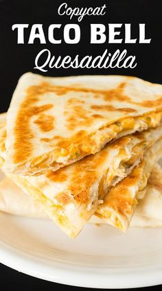 Copycat Taco Bell Quesadilla Recipe Make Taco Bell's Chicken Quesadilla at home with this easy recipe. Copycat Taco Bell Quesadilla Recipe Make Taco Bell's Chicken Quesadilla at home with this easy recipe. Crock Pot Recipes, Cooking Recipes, Cooking Cake, Skillet Recipes, Cooking Gadgets, Cooking Tools, Easy Cooking, Easy Dinner Recipes, Easy Meals