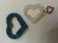 Beaded Heart Pendant for Valentine's Day Beading Tutorial by Honeybeads1 (Photo tutorial) - YouTube