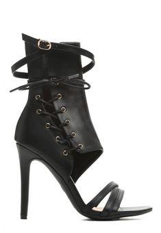 Sandale cu toc Selena Selena, Heels, Boots, Fashion, Sandals, Heel, Crotch Boots, Moda, Fashion Styles