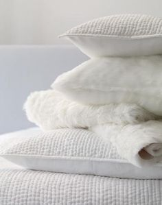 Avoid synthetics and concentrate on natural and healthy mattresses and pillows ♥