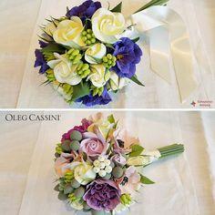 Tamamen el yapımı sanat kilikullanılarak hazırlanan, ömür boyu bozulmadan saklayabileceğiniz Süheyla'nın Atölyesi gelin çiçekleri online satış mağazamızda! #OlegCassiniButik www.olegcassini.com.tr