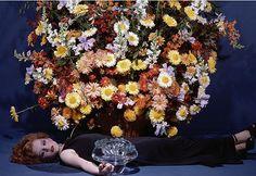 Ph. Guy Bourdin, Paris Vogue Dec 1977 #flowers #fashion
