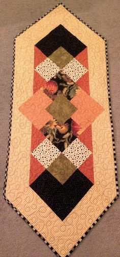 #fallrunner, #falldecor, table runner, www.deniseclason. @Denise Clason