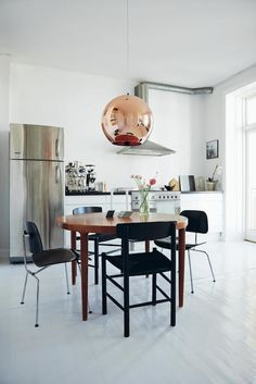 Interiors book: Chic Boutiquers at Home