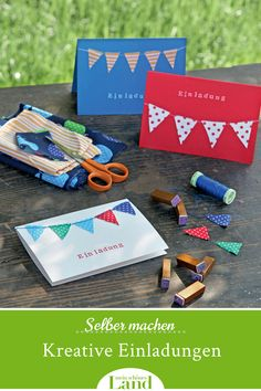 Make creative invitations yourself: pennant chain made of scraps of fabric - A pennant chain adorns the folded cards made of sturdy paper – you can use the cards as a nice in - Book Making, Card Making, Folded Cards, Fabric Scraps, Amazing Gardens, Summer Nails, Birthday Invitations, Easy Diy, Templates