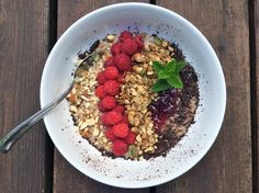 Who says Oatmeal aint sexy?!-Oatmeal, granola, raspberries flavored with cardoman