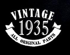 1935 Vintage 80th Birthday Gift Present T Shirt T-Shirt Age 80 Years old Man Tshirt Bday Present Grandpa Father Grandma Husband Funny Born