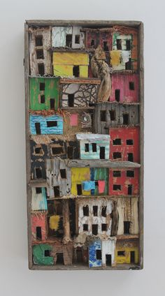 Artist Eric Cremers uses cardboard, wood, textiles and organic things like palm leaves, branches, and cactus to make his art. Wal Art, Ceramic Houses, Assemblage Art, Driftwood Art, Wooden Art, Wood Sculpture, Altered Art, Home Art, Art Projects