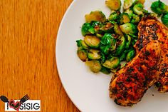 Calamansi Basil Chicken with Garlic Parmesan Brussels Sprouts Constantly Hungry, Calamansi, Basil Chicken, Food Obsession, Garlic Parmesan, Brussels Sprouts, Gluten Free Recipes, Poultry, Vegetables