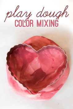 Mixing colors with play dough