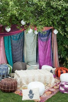 Boho outdoor lounge for Endless Summer Party. – The latest in Bohemian Fashion! … Boho outdoor lounge for Endless Summer Party. – The latest in Bohemian Fashion! Hippie Party, Hippie Birthday Party, Coachella Birthday, Bohemian Party, Boho Party Ideas, Bohemian Fashion, Bohemian Gypsy, Fashion Fashion, Trendy Fashion