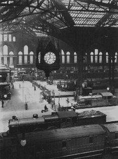 Liverpool Street Station: Sunday, 21st May 1922.  (Photo courtesy GER Society archive)