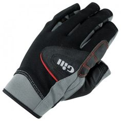 Seriously in love with the Gill dinghy sailing gloves. Great protection and perfect flexibility, as if you wore nothing.