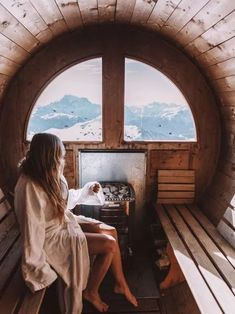 5 Great Health Benefits Of Using A Dry Sauna Sauna Design, Cabin Design, Bed Design, Dry Sauna, Finland Travel, Luxury Duvet Covers, Luxury Bedding, Winter Cabin, Futuristic Architecture