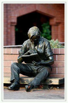 Escultura literaria