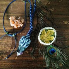 Flourite macramé pendant @lsdworkshop Tassel Necklace, Crochet Necklace, Lsd Art, Art Work, Dream Catcher, Workshop, Pendant, Jewelry, Artwork