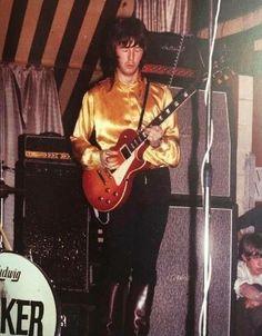 Guitar Guy, Guitar Songs, Guitar Room, Guitar Players, Gibson Lp, Gibson Les Paul, Cream Eric Clapton, Derek Trucks, Tears In Heaven