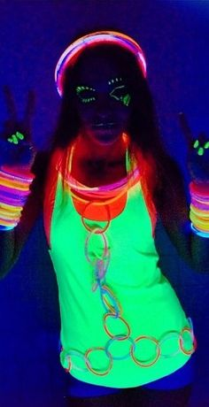 1000+ ideas about Glow Party Outfit on Pinterest | Glow Party Dark Costumes and Glow