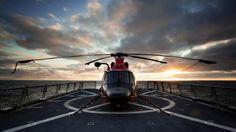 Hermoso atardecer con el helicoptero #ec145 de #Helistar de la mano de #MiltonCabeza Peñaranda