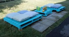 shipping crates, sand and paint cover with outdoor cushions DIY - eclectic - patio furniture and outdoor furniture - Design Republika Pallet Patio Furniture, Outdoor Furniture Design, Diy Garden Furniture, Furniture Ideas, Crate Furniture, Antique Furniture, Outdoor Seating, Outdoor Decor, Outdoor Cushions