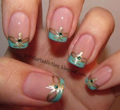 Hopefully Aladdin would appreciate the artistry that went into these Princess Jasmine nails.