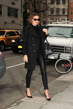 Miranda Kerr looking gorgeous as ever in her Helmut Lang leather skinnies. <3 this look