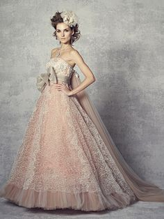 Some very pretty colored wedding dresses that are more unusual stylewise.   ウェディング カラードレス - Google 検索