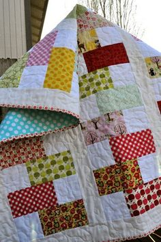 Stacked blocks baby quilt by oregonsurfers, via Flickr