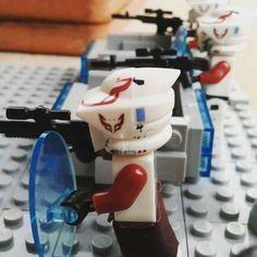 LEGO STAR WARS: Conflitto Su Kamino dopo la battaglia spaziale sul pianeta piovoso di kamino alcuni rottami delle navi della federazione sono caduti nei settori della base.I cloni dovranno respingere l'imboscata dei droidi oramai entrati nell'infermeria.#lego #legostarwars #clonewars #starwars #starwarstheclonewars #clone #kamino #droid #republic #battlrfront2 #federation #spacebattle #jedi #acquadroid