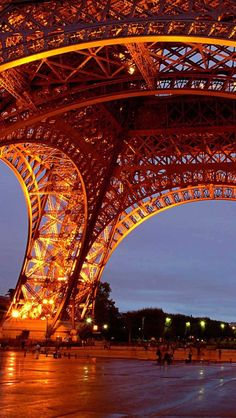 Download Wallpaper 640x1136 eiffel tower, paris, france, night, lights iPhone 5S, 5C, 5 HD background