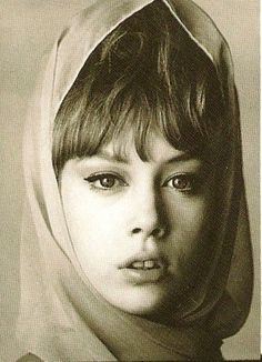 Nothing Seems As Pretty As The Past: Model Portfolio: Pattie Boyd Pattie Boyd, Eric Clapton, George Harrison, Mick Fleetwood, Marianne Faithfull, Something In The Way, The Fab Four, Musa, Wife And Girlfriend