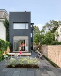 Contrast House is situated on a corner lot in a dense neighborhood of Toronto, Ontario, Canada, designed by Dubbeldam Architecture + Design. The intent of the remaking of this narrow residence was two-fold: to Style At Home, Residential Architecture, Architecture Design, Architecture Interiors, Compact House, Compact Living, Casas Containers, Victorian Terrace, Small Buildings
