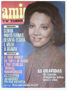 REVISTA AMIGA - 1973 - na capa a foto da atri Gloria Menezes - atuando na novela SEMIDEUS de janete clair