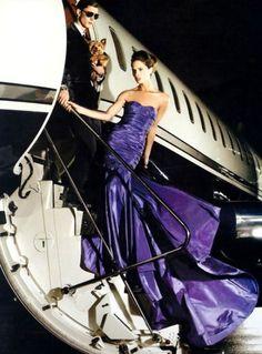 紫色代表尊贵,代表热情