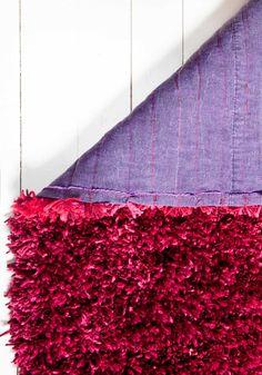 Tee itse ryijymatto | Meillä kotona Diy Crafts Hacks, Felt Crafts, Home Projects, Weaving, Stairs, Rugs, Creative, Home Decor, Mix Media